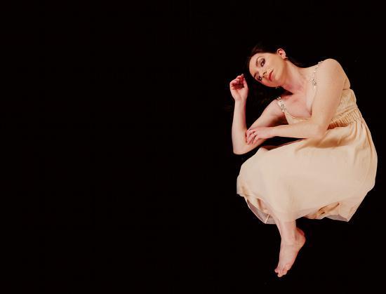 Image hotlink - 'http://dancenet.s3.amazonaws.com/images/i416/641048.891helen_perris_album_c.jpg'