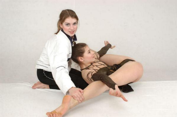 Leg Stretches For Dancers Gym Photos Misc Leg Stretch