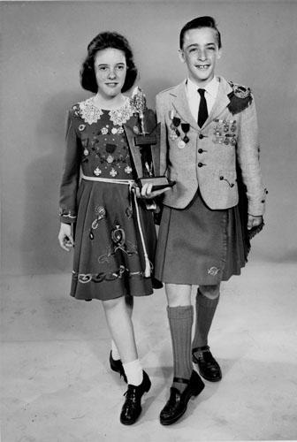 dance.net - Trends in 20th Century Irish Dance Costumes ...